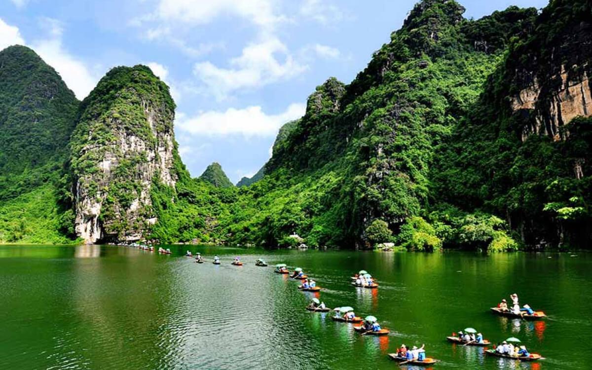 Giới thiệu đôi nét về khu du lịch Tràng An Ninh Bình